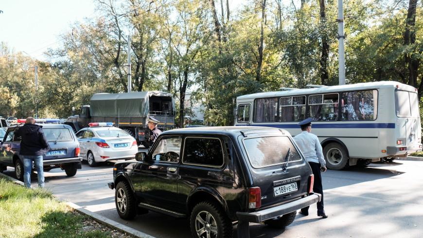 Очевидцы о трагедии в Керчи: «От взрыва вылетели окна, все убегали через забор»