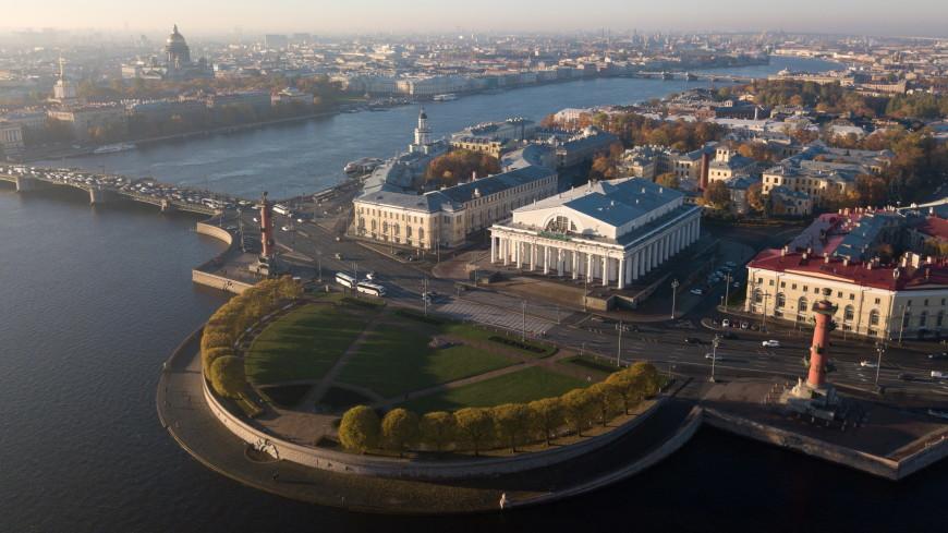 На Васильевском острове в Петербурге установили «умные» фонари