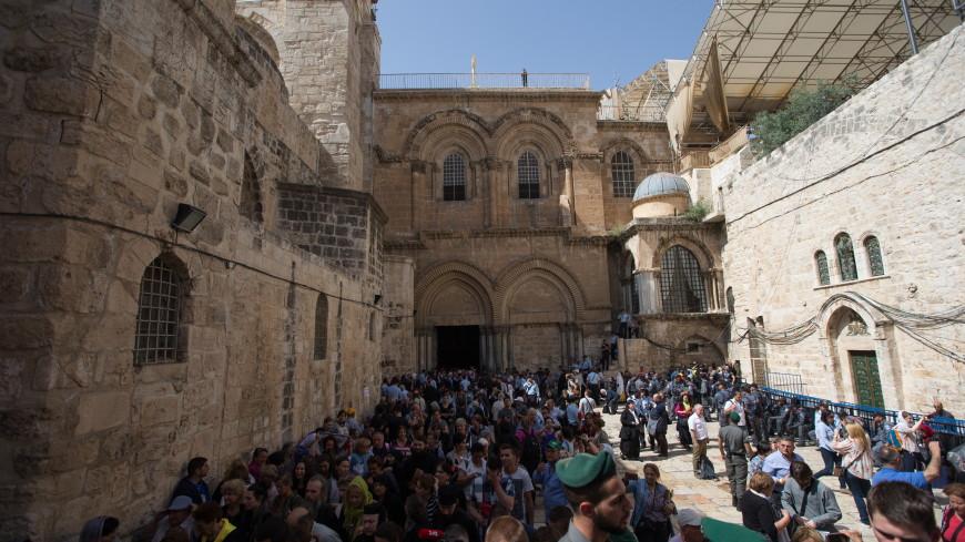 Священники и полицейские вступили в конфликт у храма Гроба Господня