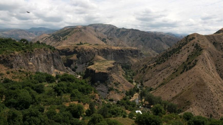 Природа Армении,Армения, Гарни, горы, природа, вид, долина,