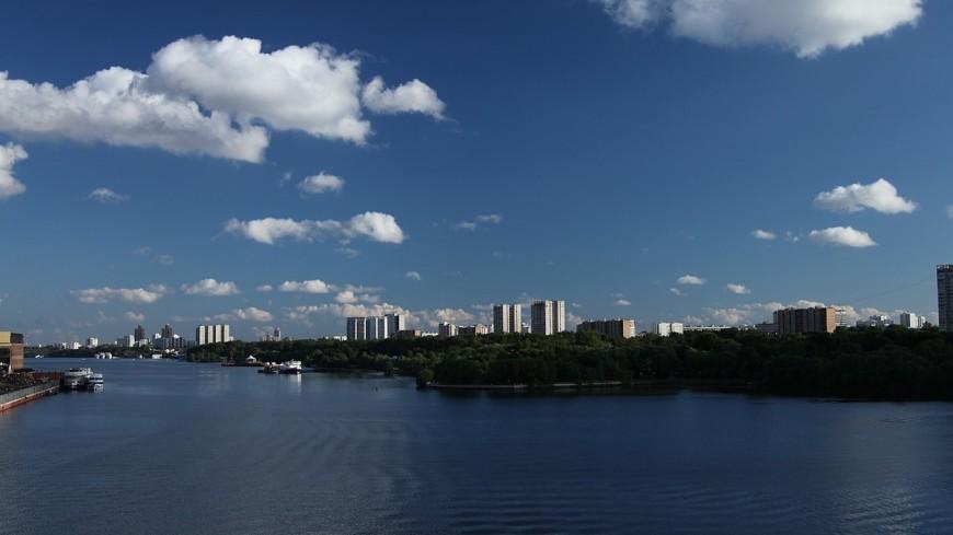 На трех водохранилищах в Москве могут появиться плавучие поселки и отели
