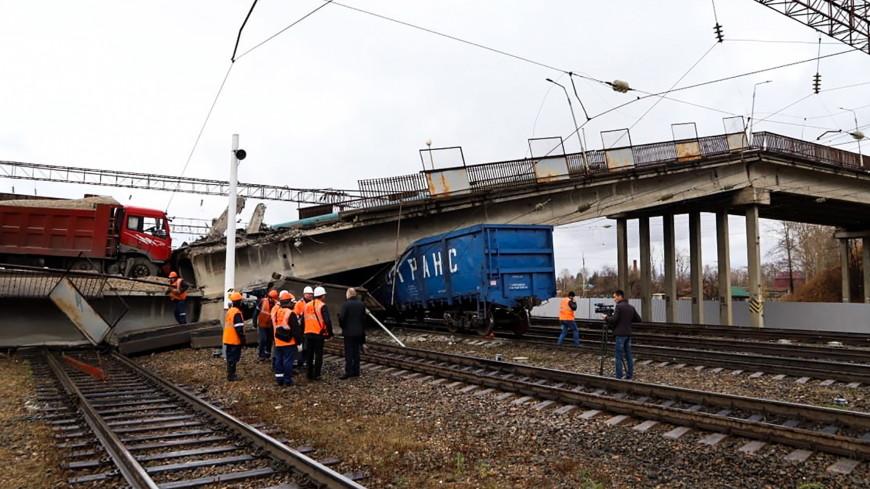 В Приамурье после обрушения моста начали курсировать поезда