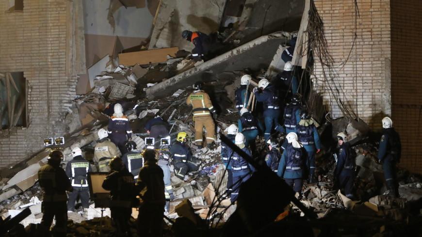 Спасатели разобрали 80% завалов взорвавшегося завода пиротехники в Ленобласти