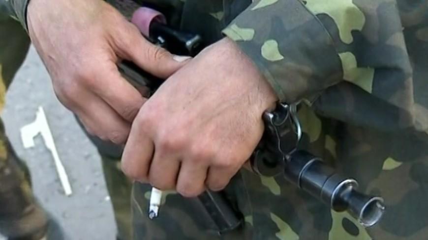 """Скриншот: """"«МИР 24»"""":http://mir24.tv/, стрельба, кризис на украине, оружие, военный, война, перестрелка, боевик"""