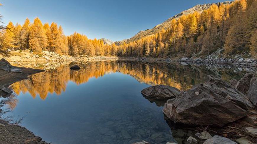 В горах Италии исчезло знаменитое Голубое озеро