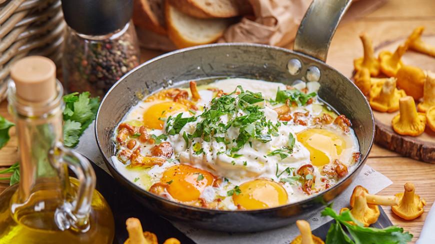 Яичница с лисичками, шакшука и другие необычные блюда из яиц