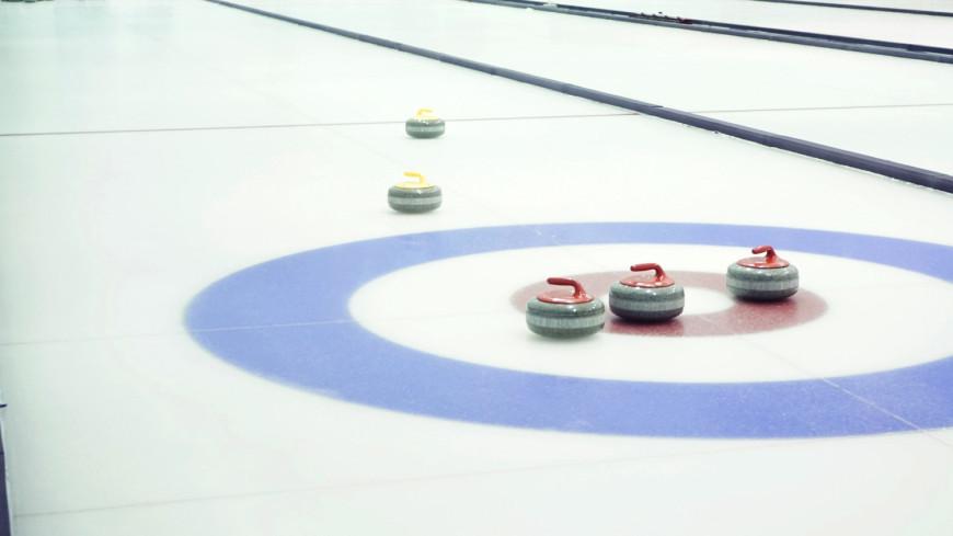 Российские керлингисты вырвались в полуфинал ЧМ среди смешанных команд