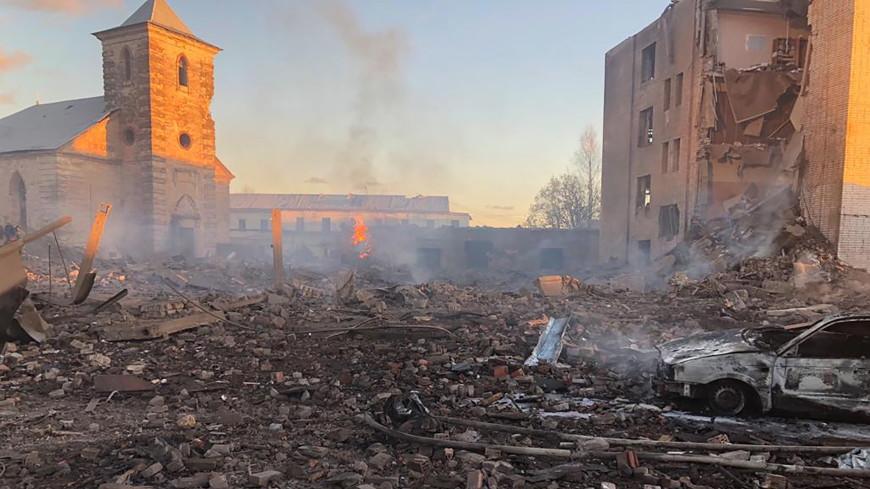 В цехе гатчинского завода, где произошел взрыв, трудились нелегалы