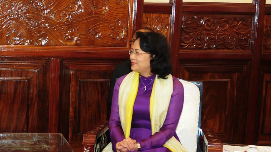 Вице-президент будет руководить Вьетнамом после смерти Чан Дай Куанга