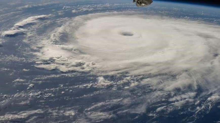 "Фото: ""NASA"":https://www.nasa.gov/, тайфун, циклон, шторм, ураган"
