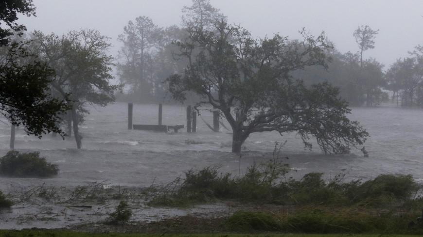 «Флоренс» обрушился на побережье Северной Каролины