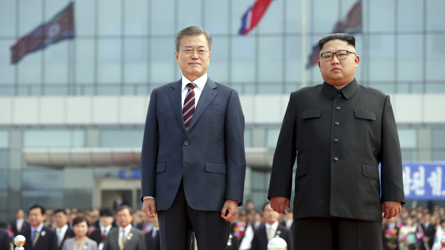 Подарок 80 млн людей: Ким Чен Ын похвалил Мун Чжэ Ина за сближение двух Корей