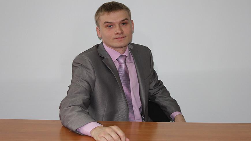 В Хакасии действующего главу региона опередил молодой коммунист