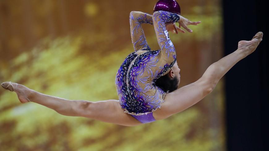гимнастки художницы фото светлые сапоги