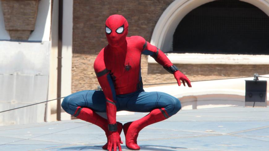 Почти 550 Человеков-пауков собрались вместе и побили рекорд Гиннесса