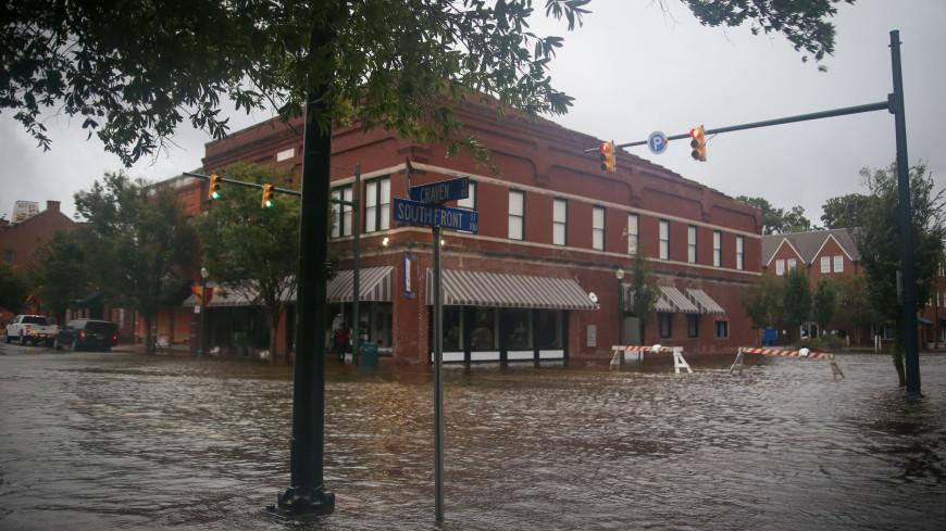 Ураган «Флоренс» затопил американский город и ведущую новостей