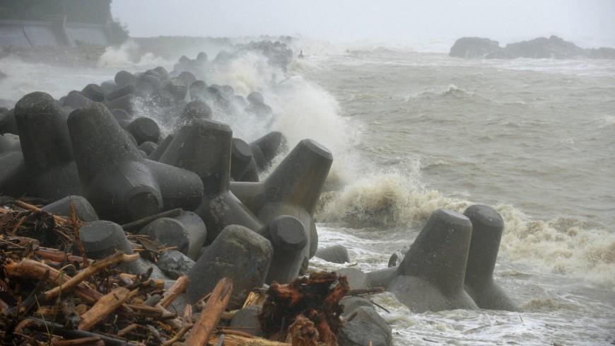 «Джеби» растерзал Японию: девять жертв, более 300 пострадавших