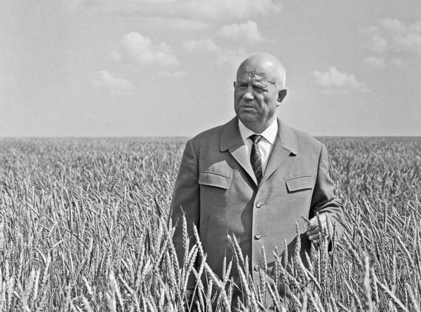 От кукурузы до Кубы: чем запомнился Никита Хрущев?