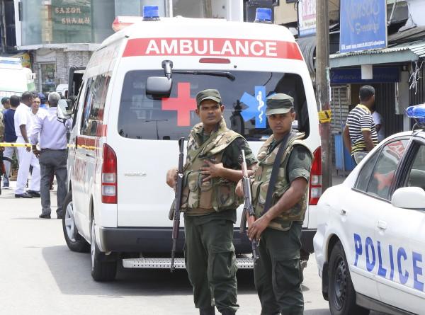 Число жертв взрывов на Шри-Ланке выросло до 185, почти 500 пострадали