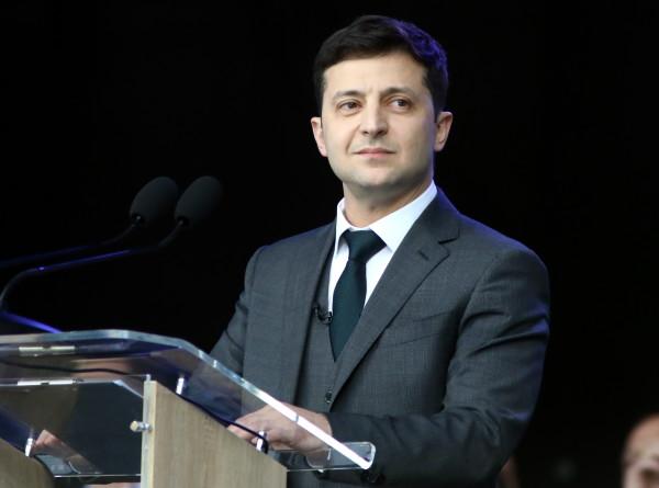 Суд в Киеве отказался снимать Зеленского с выборов
