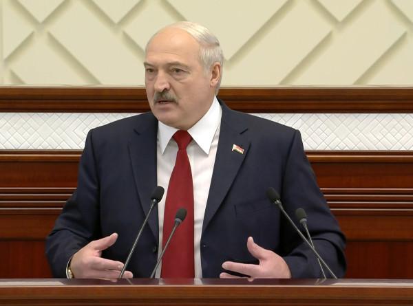 Лукашенко: Здоровье нации – забота каждого человека