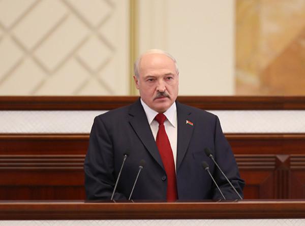 О ценах, молодежи и IT-технологиях: яркие высказывания Лукашенко