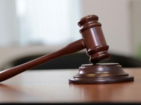 Американец подал в суд на родителей за уничтожение его коллекции порно