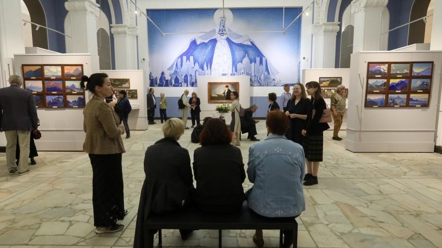 Евразийские краски: на ВДНХ открылась выставка Рерихов