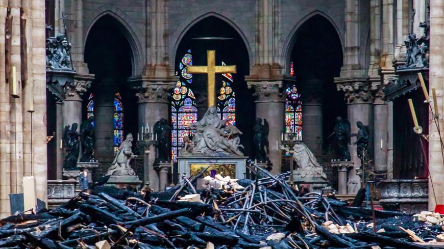 В Сети массово раскупают диски с мюзиклом Notre Dame de Paris