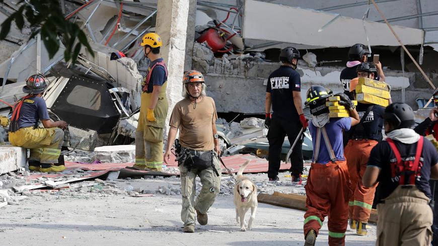 Землетрясение на Филиппинах обрушило бассейн небоскреба