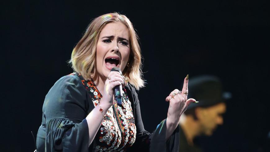 Певица Адель рассталась с мужем