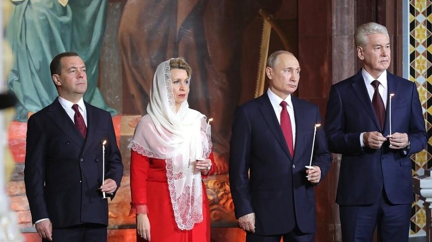 Торжество жизни и любви: Путин поздравил верующих с Пасхой