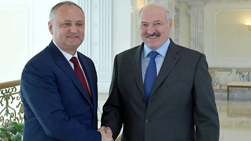 Александр Лукашенко и Игорь Додон обсудили двустороннее сотрудничество