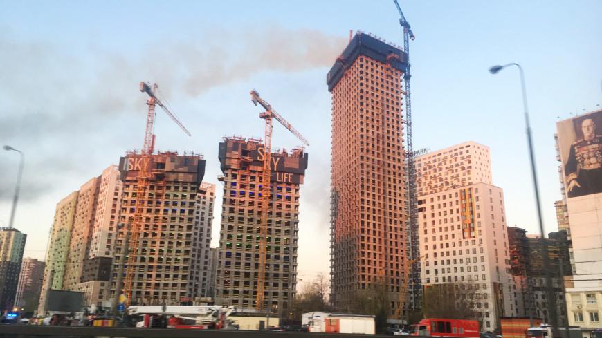 В Москве потушили пожар в строящемся здании