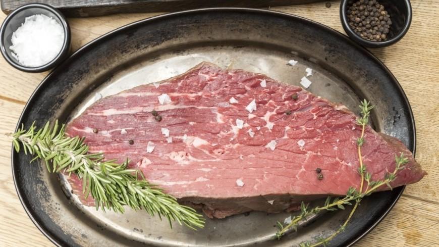 """Фото: Пётр Королёв (МТРК «Мир») """"«Мир 24»"""":http://mir24.tv/, приправы, еда, готовить, продукты, мясо, розмарин, специи"""