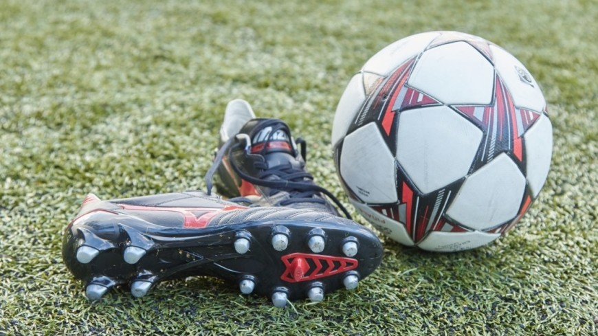 Футболист рассказал о предупреждениях врачей и вскоре умер на поле
