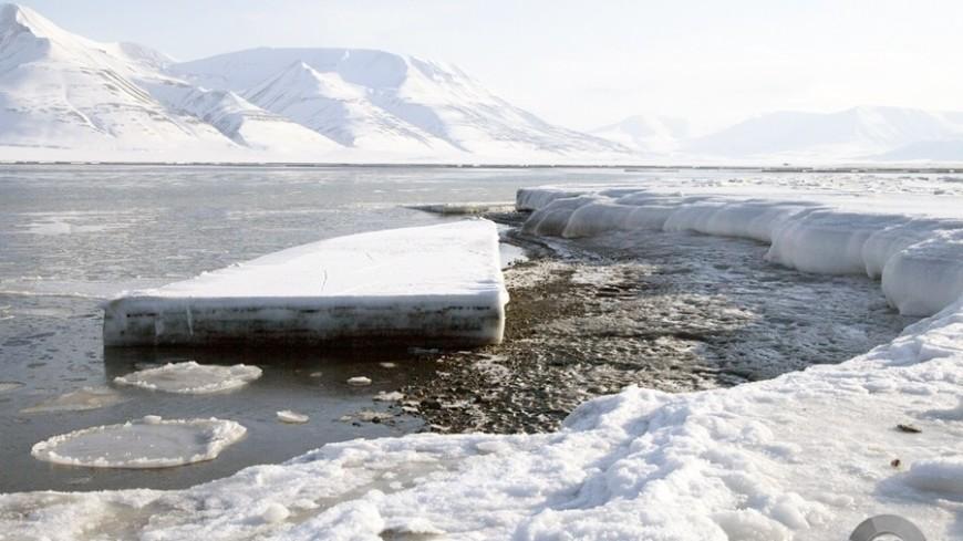 В тающих ледниках нашли радиоактивные элементы