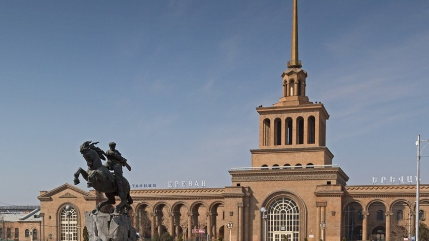 "Фото: Петр Королев, ""«Мир24»"":http://mir24.tv/, улица, армения, ереван, город"