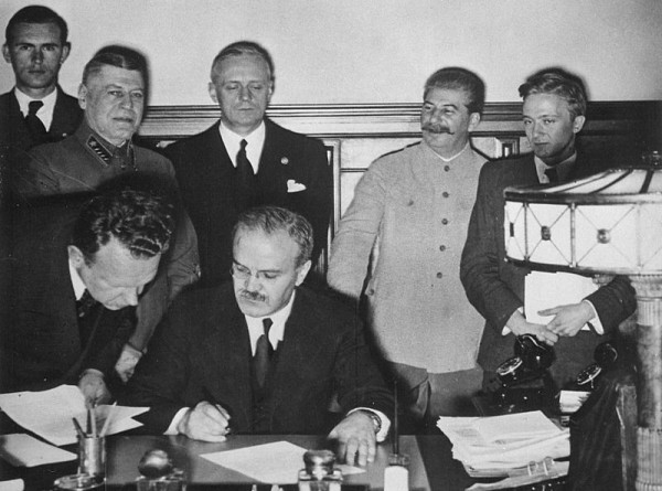 Договор о ненападении между Германией и СССР: как это было и кто такие Молотов и Риббентроп?