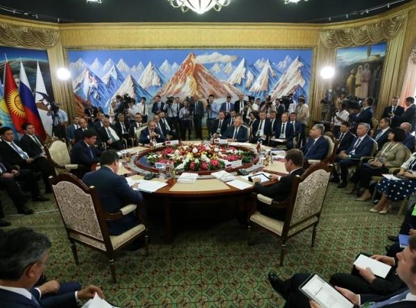 Премьеры ЕАЭС в Чолпон-Ате обсудили результаты интеграции
