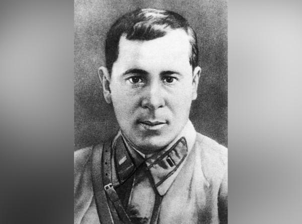 С детским лицом, но сильным характером: в России вспоминают татарского поэта Мусу Джалиля