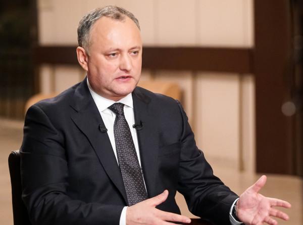 Додон: Ротшильды не управляют аэропортом Кишинева