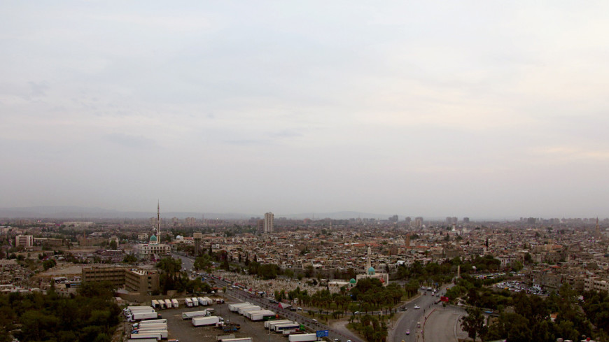 """""""Фото: Сергей Любавин, «МИР 24»"""":http://mir24.tv/, панорама, сирия, город"""