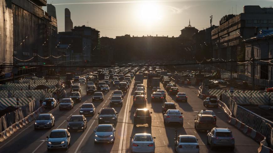 Стало известно, куда Россия экспортирует больше всего легковых авто