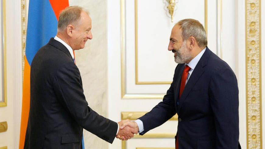 Пашинян и Патрушев обсудили вопросы безопасности