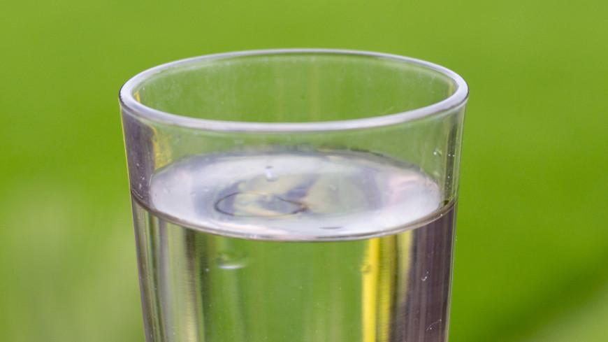 Житель Китая 30 лет страдал от головной боли после глотка сырой воды