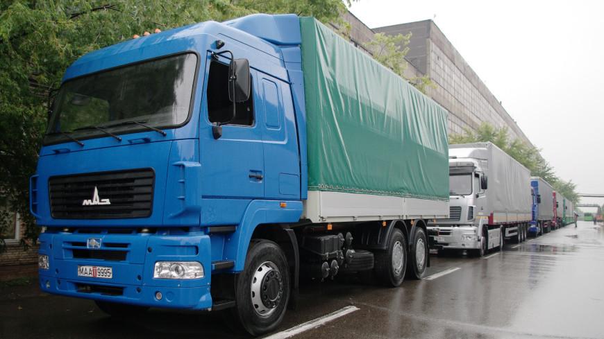 Мировой рекорд: силач из Беларуси протащил 15 грузовиков МАЗ на семь метров