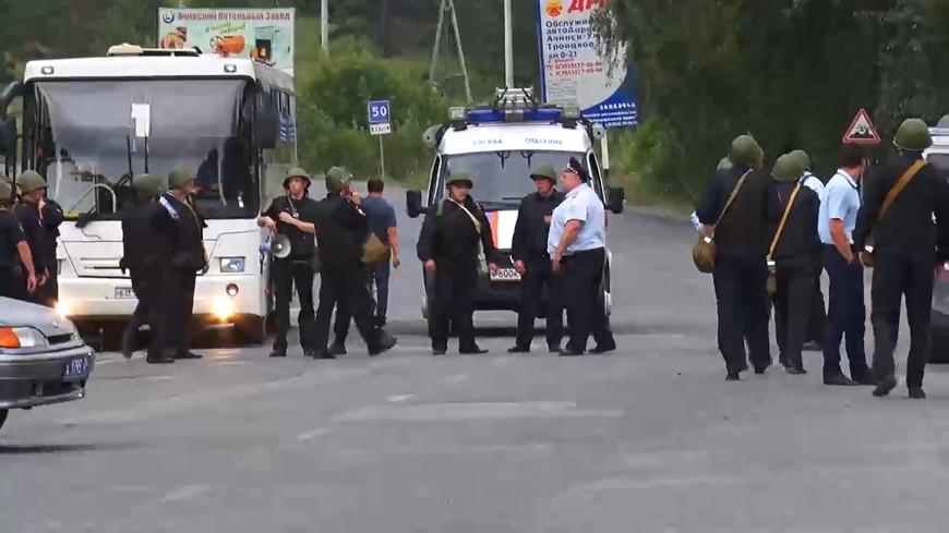 К горящему складу в Ачинске отправили роботов-пожарных «Уран-14»