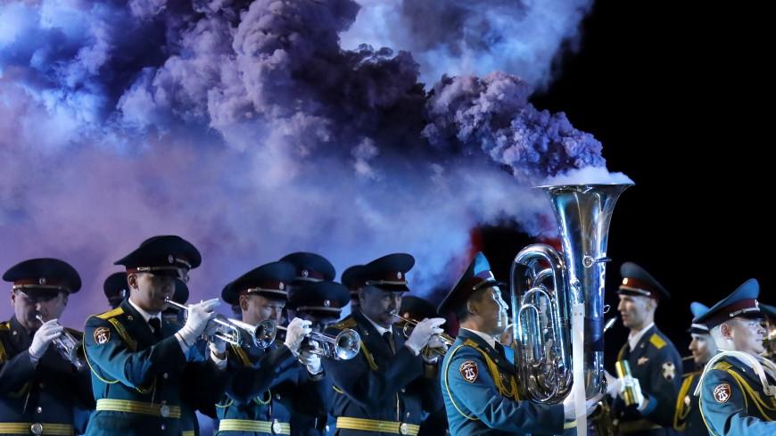 Собянин открыл военно-музыкальный фестиваль «Спасская башня»