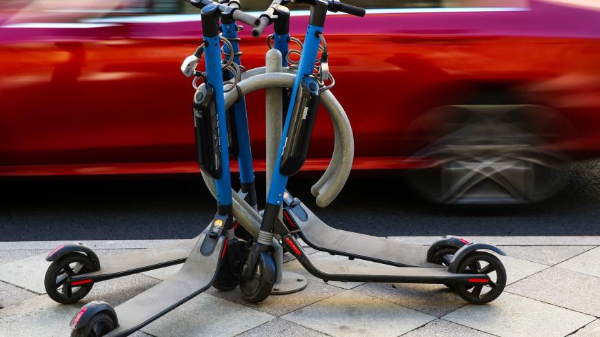 Прокат электросамокатов запретили в итальянском Милане